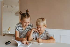 Vaikai mokosi